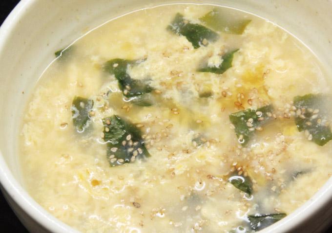 玉子わかめスープ